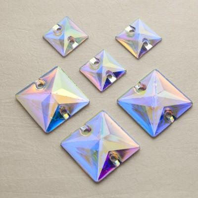 négyzet 10 mm Crystal AB, varrható szintetikus kristály 20 db